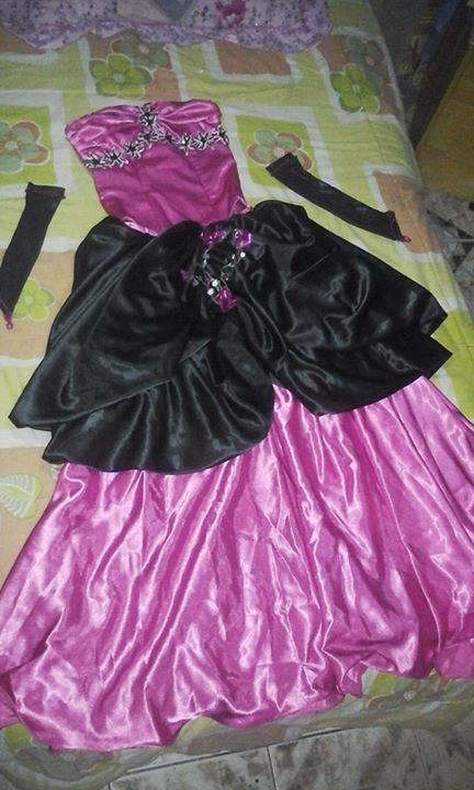 Vestidos de 15 fucsia y negro