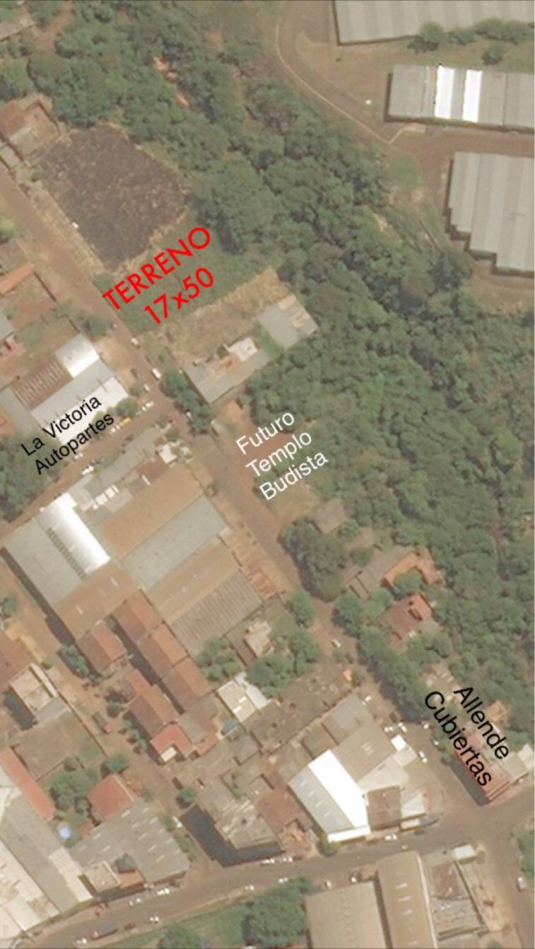Terreno Titulado Zona Centro De Ciudad Del Este Juan Carlos  # Nikisol Muebles