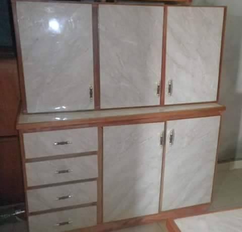 Mesada y alacena de cocina de tres puertas - Muebles- Hendyla.com