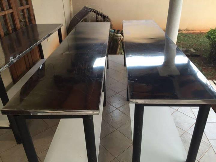 Mesas de acero inoxidable para cocina profesional - Norman- Hendyla.com