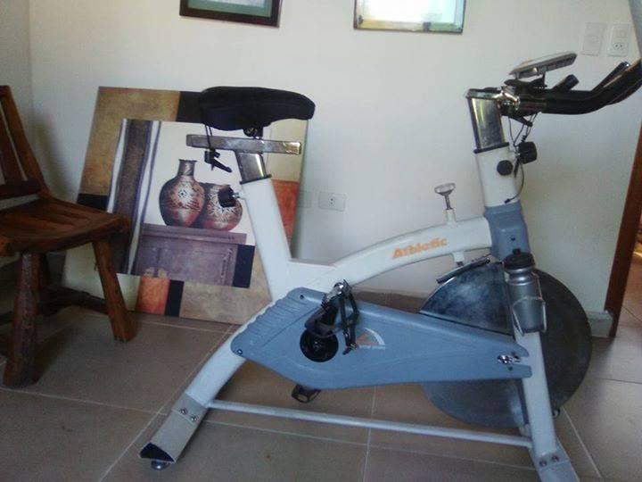 Bicicleta estática Athletic Extreme 2500 bs - David Spaini Mendez ... e7843bfeb8c15