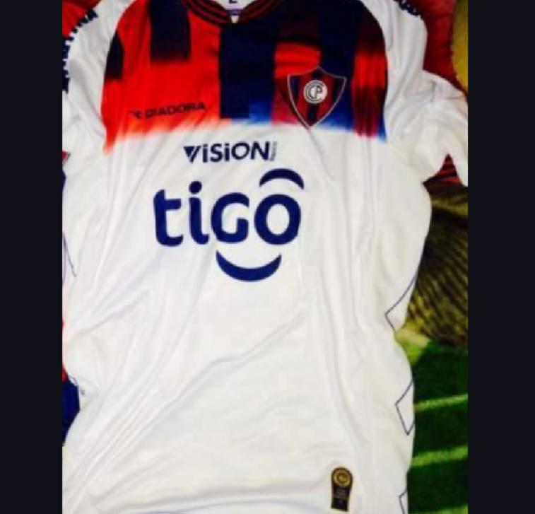 Camiseta de Cerro Porteño alternativa talle P - giv - ID 213109 2bc7c5b74eaab