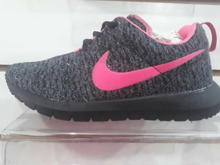 Nike Id Zapteria Para Leon Calzados 298530 Damas q7xSdqC