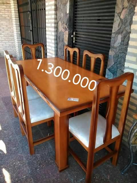 Comedores de madera maciza con y sin tapizado muebles for Imagenes de comedores de madera