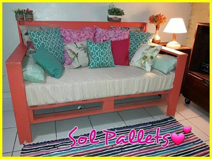 Muebles de sol pallets soledad salinas for Muebles salinas