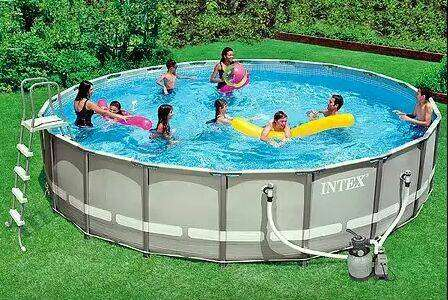 Piscinas Intex de 26.500 litros