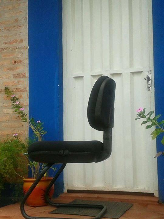Silla de oficina usada noemi dominguez for Muebles de oficina quilmes andres baranda
