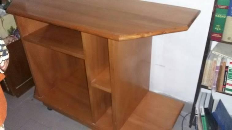 Mueble de madera para tv y equipo de sonido aniho22377 for Muebles para televisor y equipo de sonido