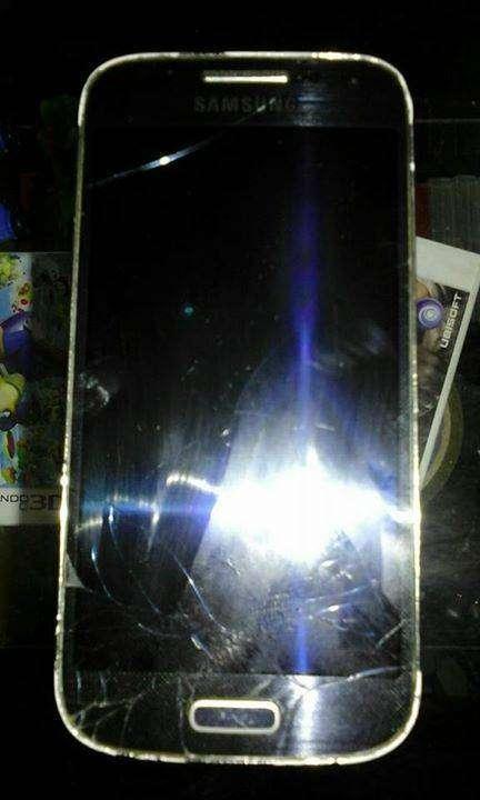 Samsung galaxy S4 mini fisurado