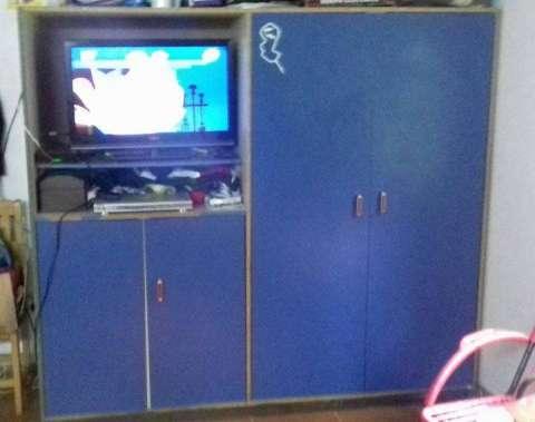 Placard de 4 puertas porta tv