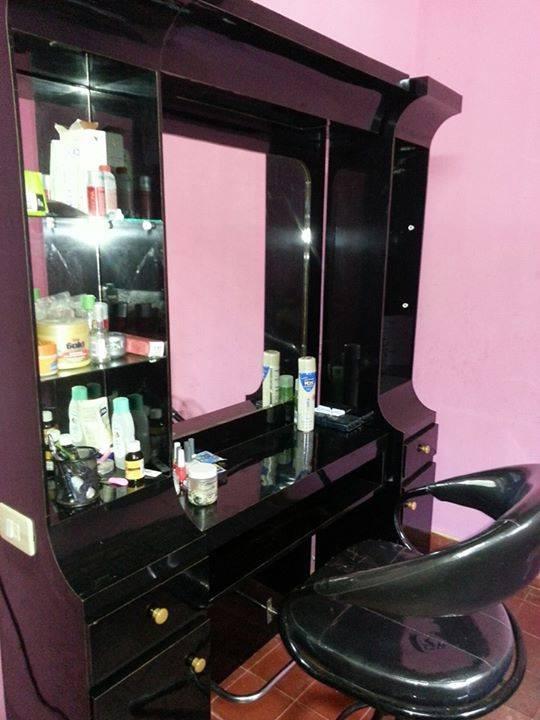 Mueble para peluqueria y sillon detodo cm for Muebles peluqueria economicos