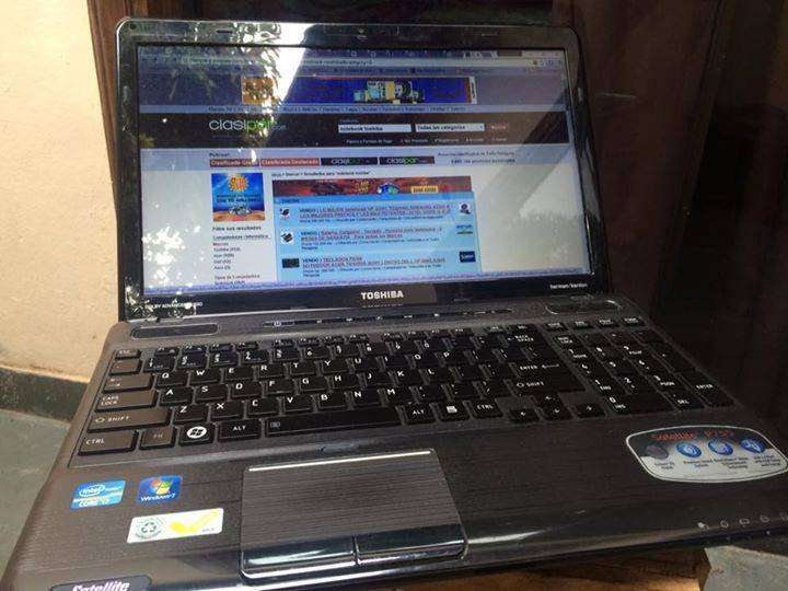 Notebook Toshiba Impecable