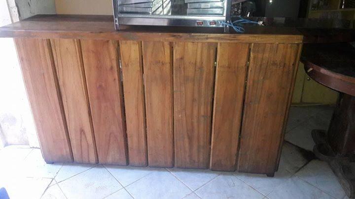 Mostrador de madera masisa especial para negocio giannilu gonz lez - Mostradores para negocio ...