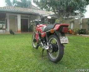 Moto Honda 250 cc