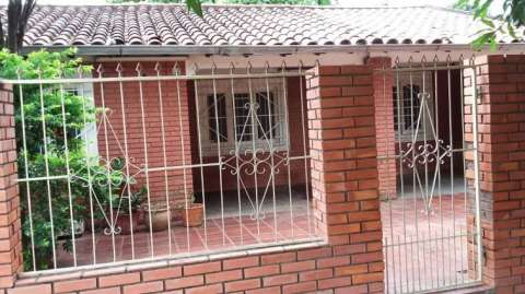 Casa en San Lorenzo Barrio San Isidro