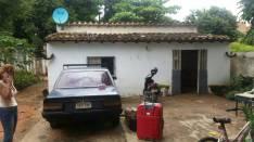 Terreno con pequeña casa antigua