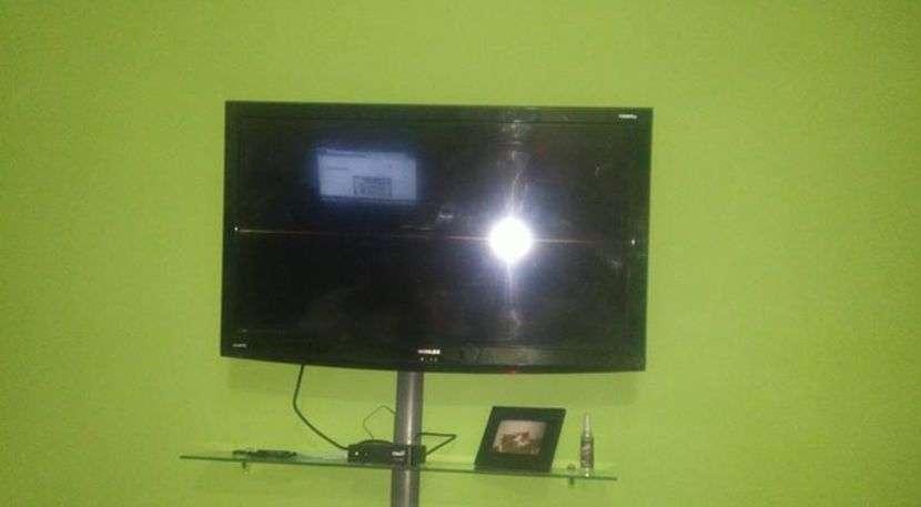 Tv LCD de 42 pulgadas Noblex - 0
