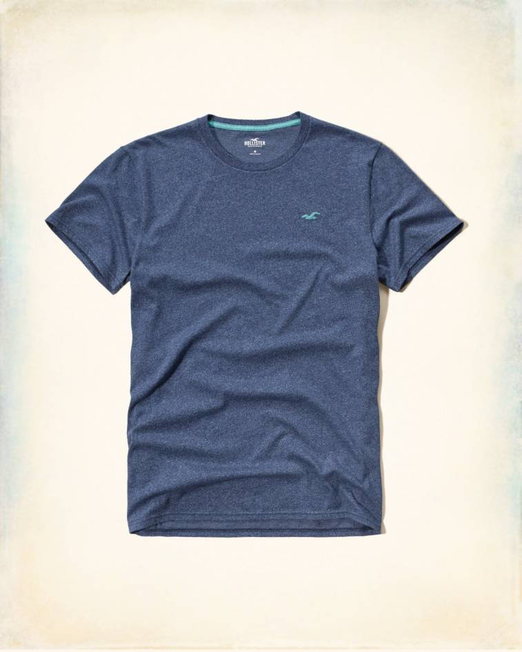 Remera color navy Hollister talle M y L