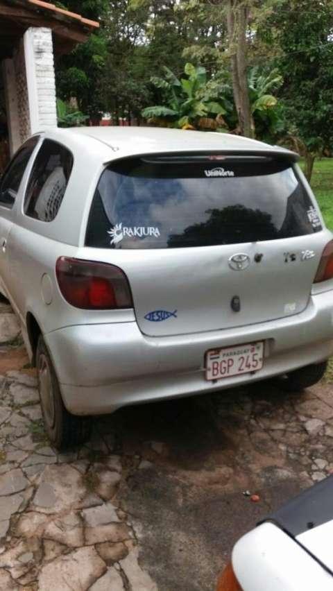 Toyota Vitz 2000 motor 1.000 cc