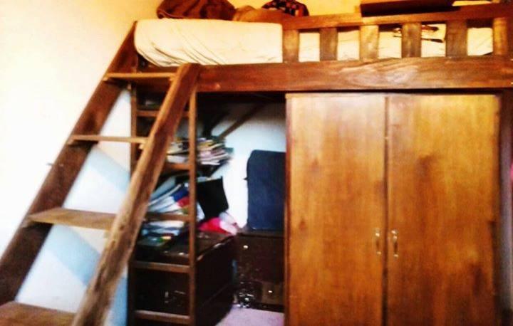Cama ropero y estanter a de libros cindy benegas for Cama ropero