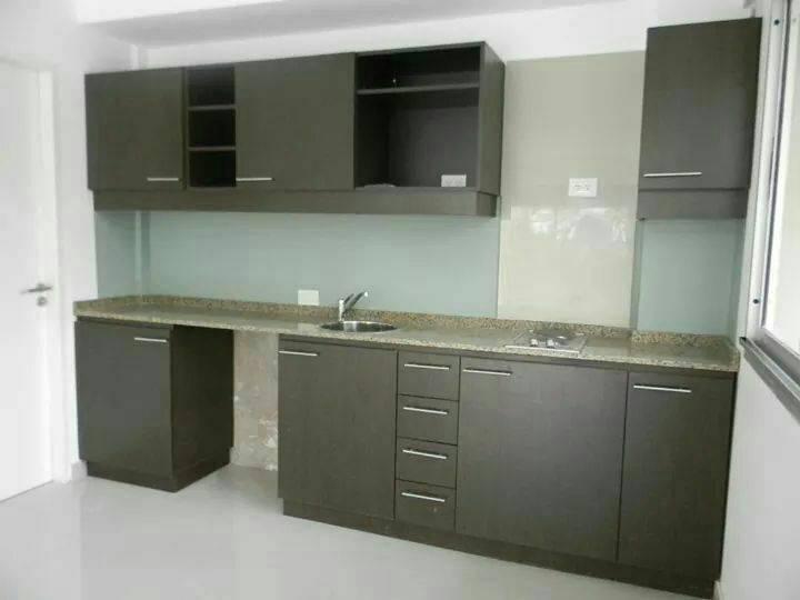 Mueble de cocina a medida daniel for Medidas muebles bajos cocina