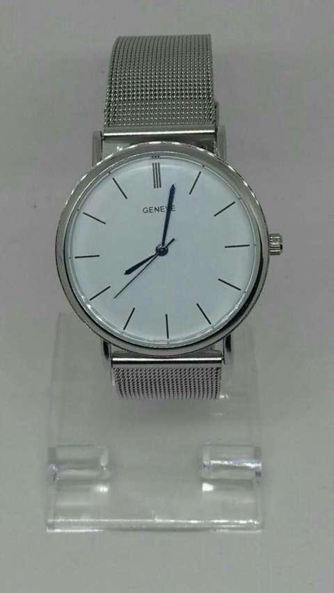 Reloj malla de metal
