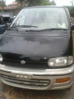 Nissan Serena 1995