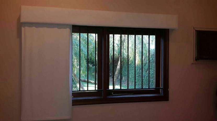 Cortinas antisolares - 2