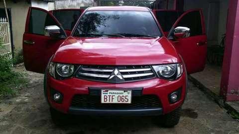 Mitsubishi tritón 2013