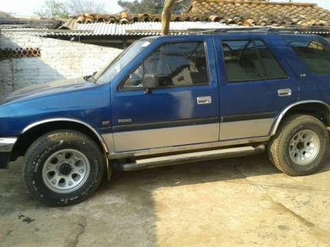 Isuzu 1993 Motor 3.0 Mecanico 4x4 Diesel Color azul Diesel