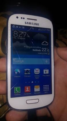 Samsung Galaxy S3 mini fisurado