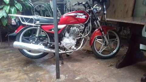 Moto GRT