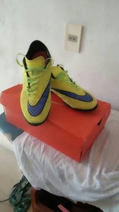 Todo terreno Nike Hipervenom semi nuevo