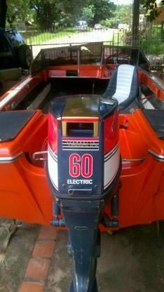 Lancha Itaipú motor Yamaha 60 hp
