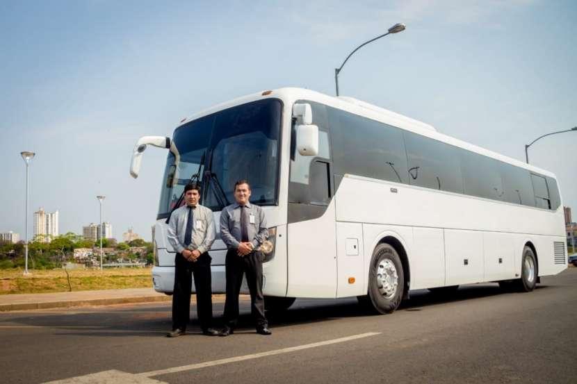 Servicios de traslados para 4 10 20 30 46 y 66 personas - 5
