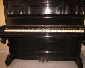 Piano alemán Schutz Marke M F. Rachals & Co. Hamburg