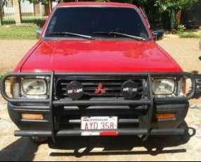 Mitsubishi L200 1996 Motor 2.5