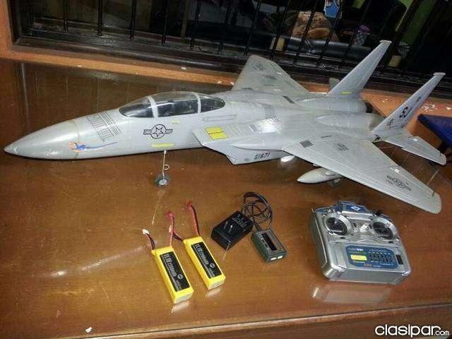 Jet F15 a escala a control remoto - 0