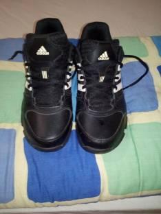 Calzado Adidas calce 39