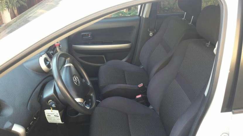 Toyota IST 2003 automático