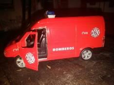 Mercedes Benz Cuerpo de Bomberos 1:43