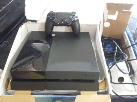 Play Station 4 Sony 500 gb