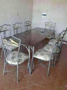 Mesa con 8 sillas