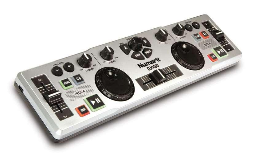 Controlador Numark DJ2GO - 1