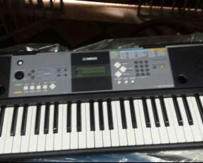 Organo Teclado Yamaha
