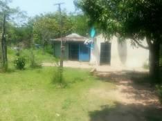 3 Terrenos con casita zona Mora Cué