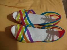Sandalia Crocs calce 38