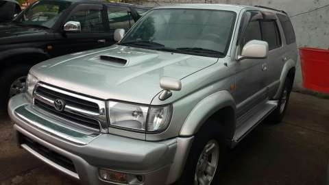 Toyota Hilux 2001 automática