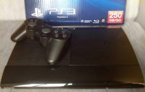 PS3 con 60 juegos cargados