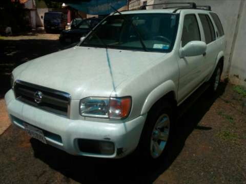Nissan pathfinder naftero 2003 impecable